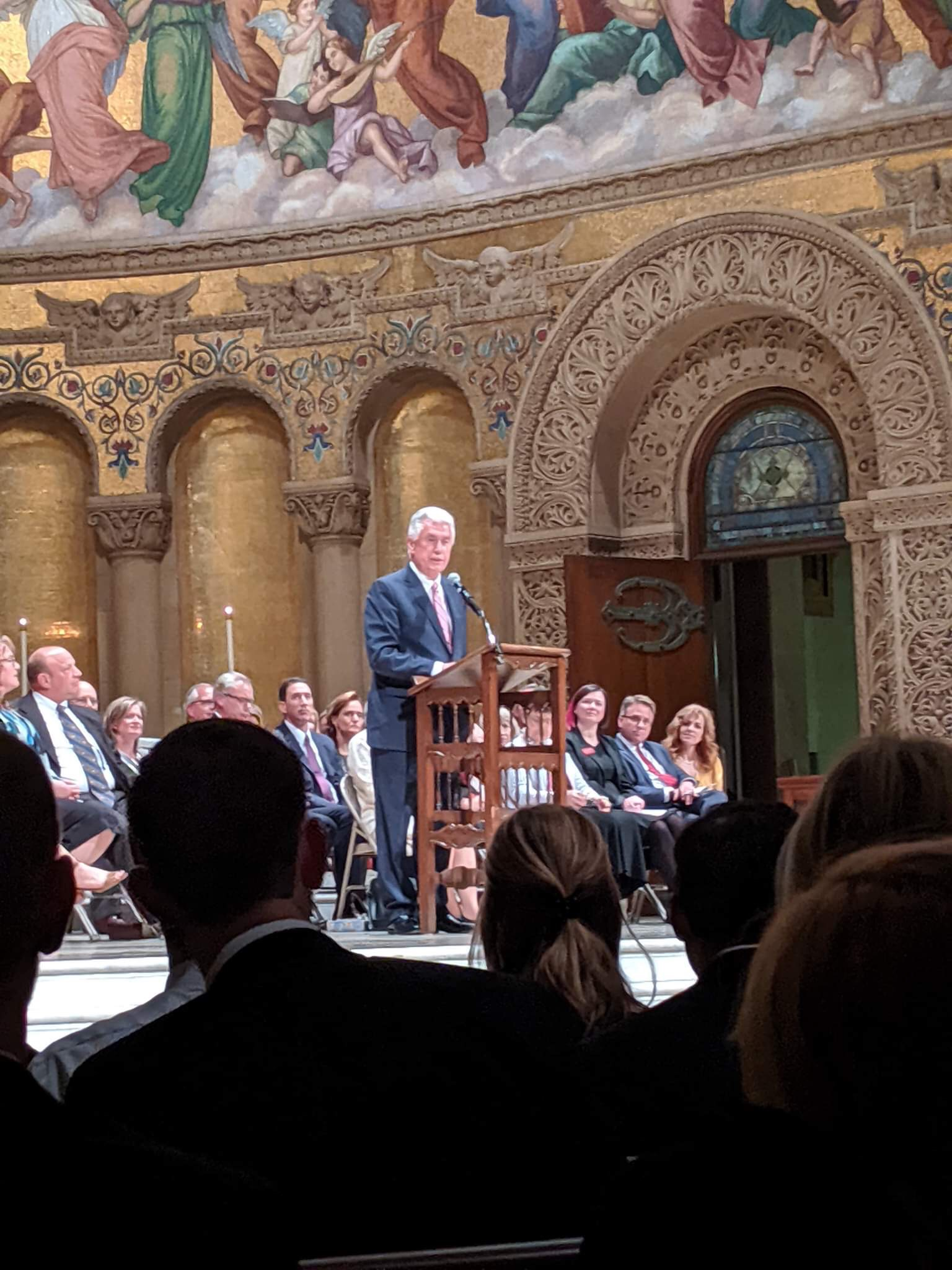 Elder Dieter F. Uchtdorf speaks to young adults during a devotional at the Stanford Memorial Church on Oct. 27, 2019.