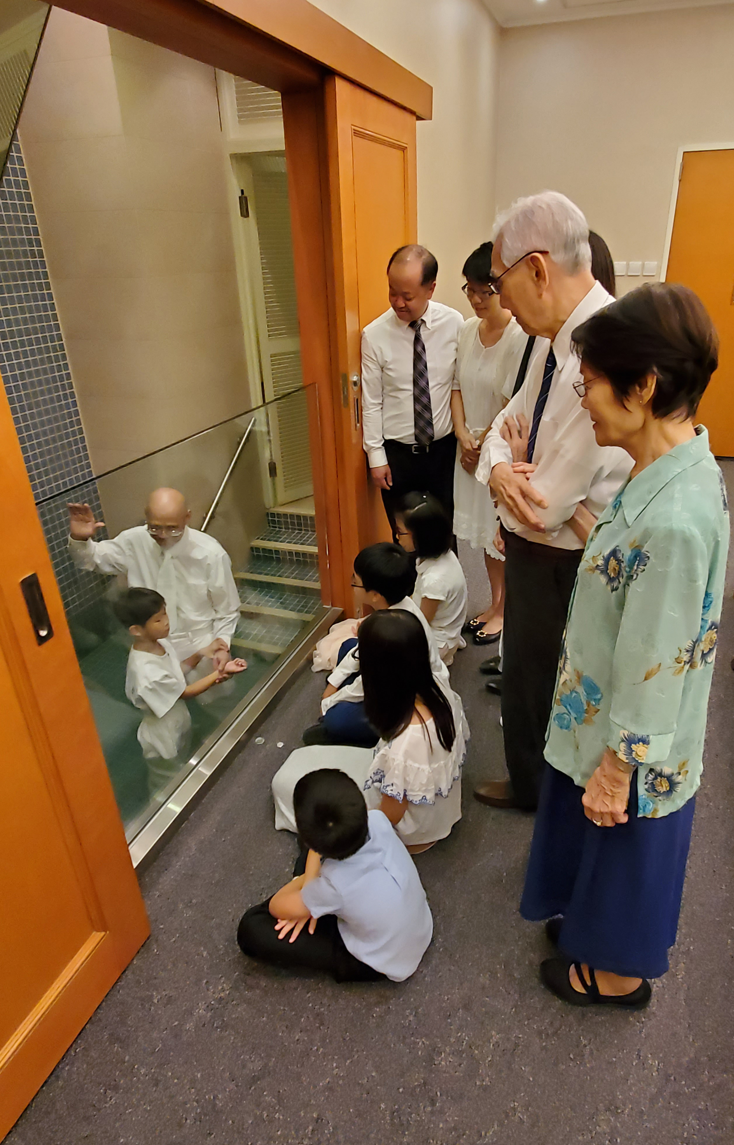 Women and children who are baptized can now serve as witnesses to baptisms, the Church announced Oct. 2, 2019. Worthy temple recommend holders, including youth with limited use recommends, can also witness baptisms in the temple. Additionally, women who are endowed can serve as witnesses to temple sealings.