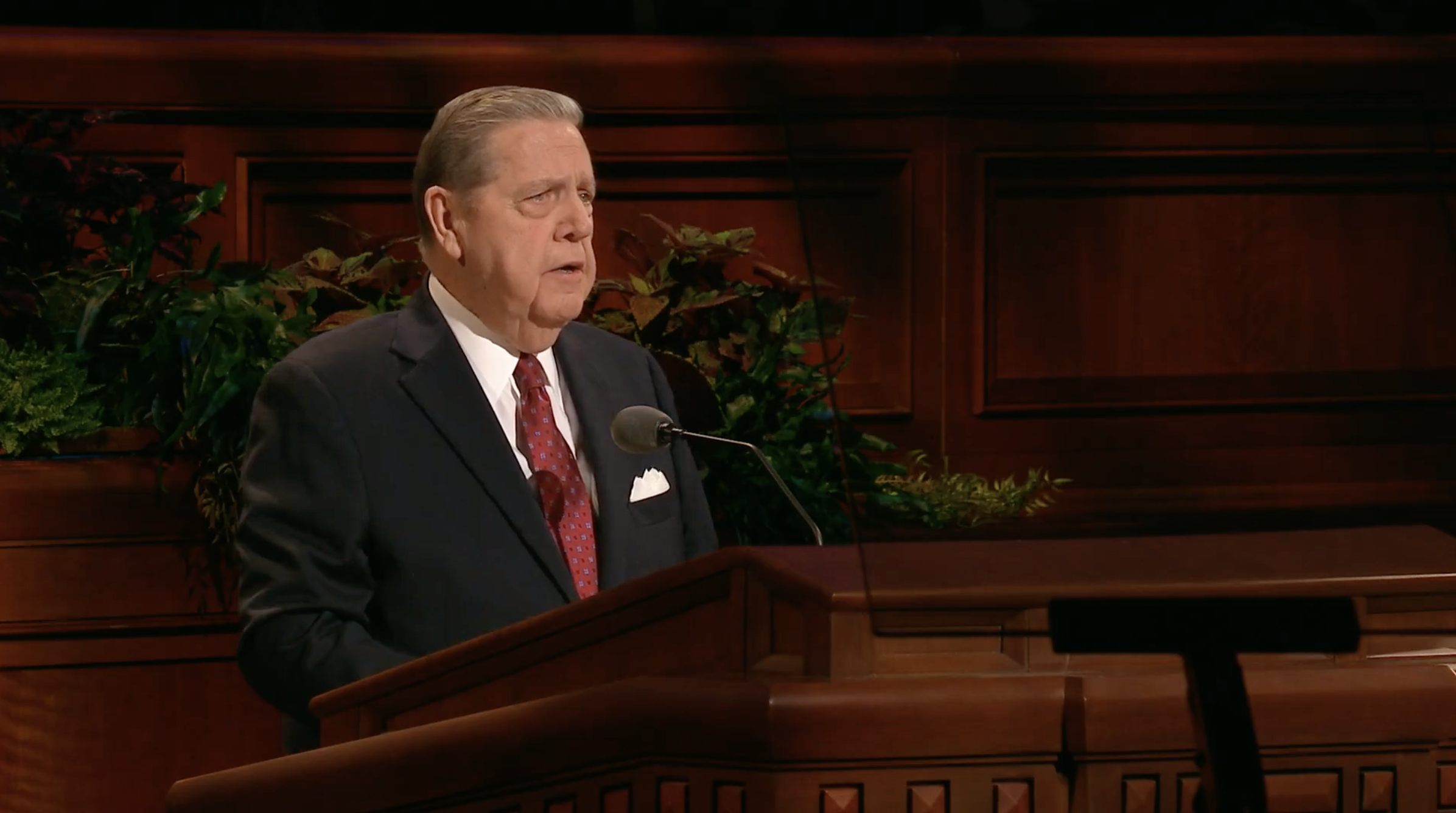 Elder Jeffrey R. Holland of the Quorum of the Twelve Apostles speaks during the Saturday morning session in the 189th Semiannual General Conference of the Church on Oct. 5, 2019.