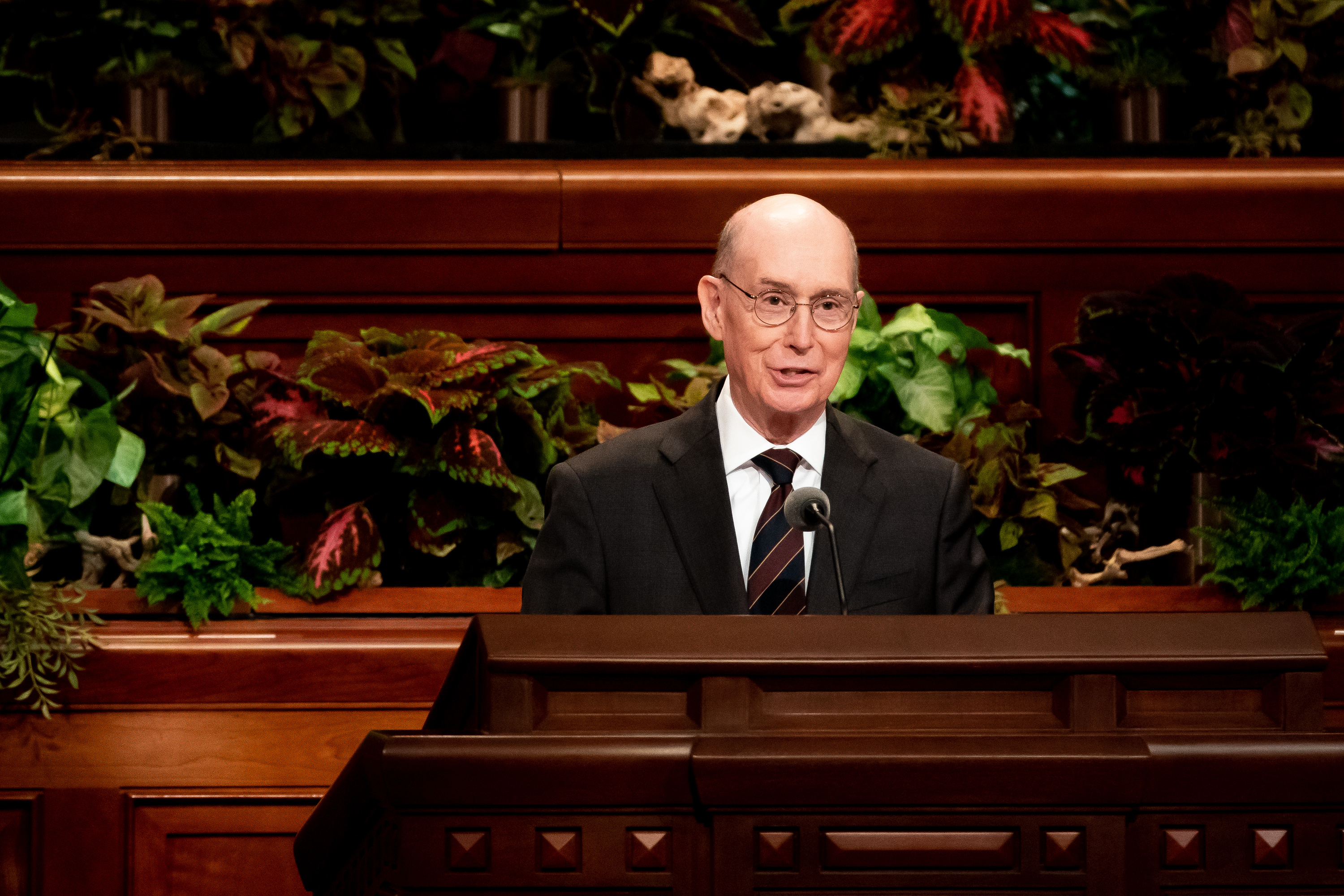 President Henry B. Eyring, second counselor in the First Presidency, conducts the 189th Semiannual General Conference of The Church of Jesus Christ of Latter-day Saints at the Conference Center in Salt Lake City on Saturday, Oct. 5, 2019.
