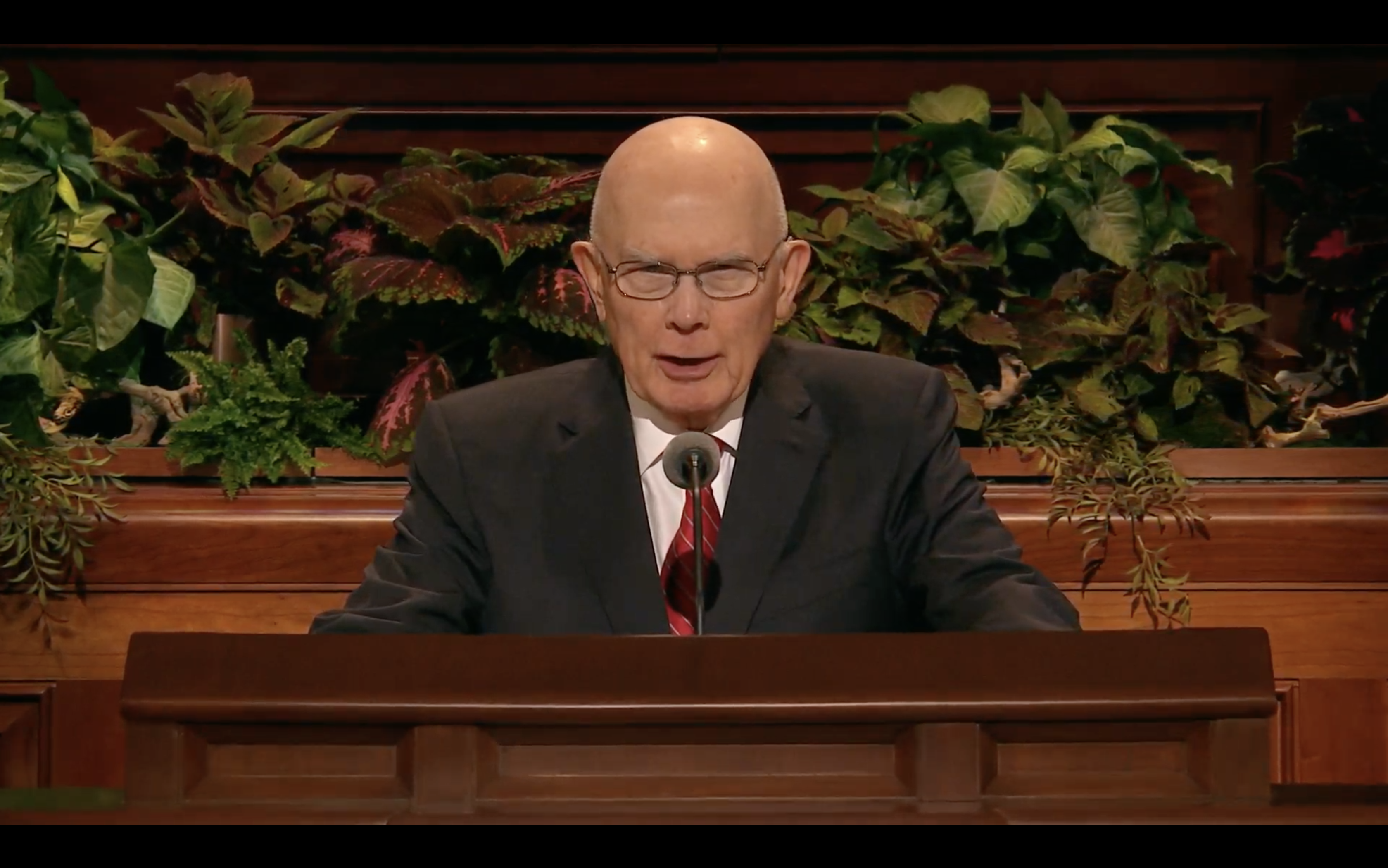 President Dallin H. Oaks, first counselor in the First Presidency, speaks during the Saturday morning session in the 189th Semiannual General Conference of the Church on Oct. 5, 2019.