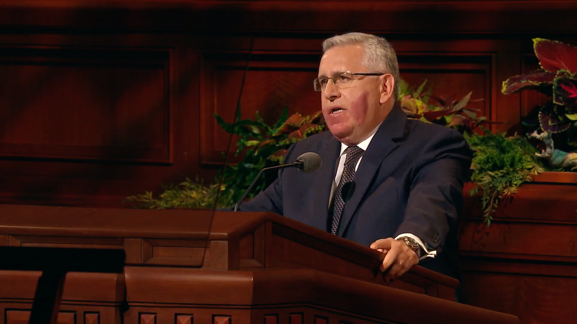 Elder Ruben V. Alliaud, a General Authority Seventy, speaks during the Saturday afternoon session in the 189th Semiannual General Conference of the Church on Oct. 5, 2019.