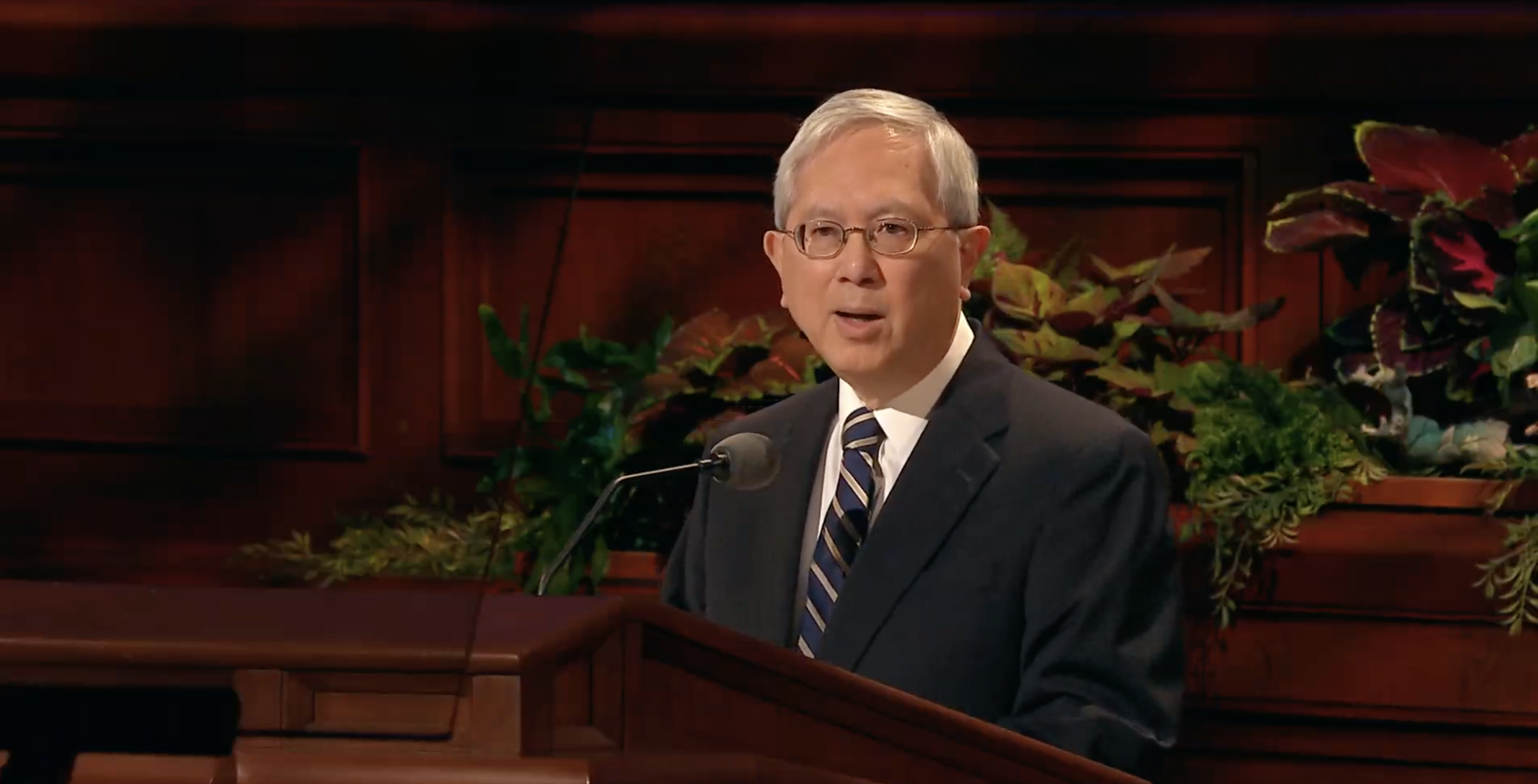 Elder Gerrit W. Gong of the Quorum of the Twelve Apostles speaks during the Sunday morning session in the 189th Semiannual General Conference of the Church on Oct. 6, 2019.