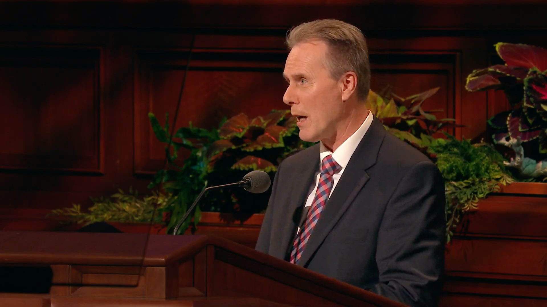 Elder Hans T. Boom, a General Authority Seventy, speaks during the Sunday afternoon session in the 189th Semiannual General Conference of the Church on Sunday, Oct. 6, 2019.