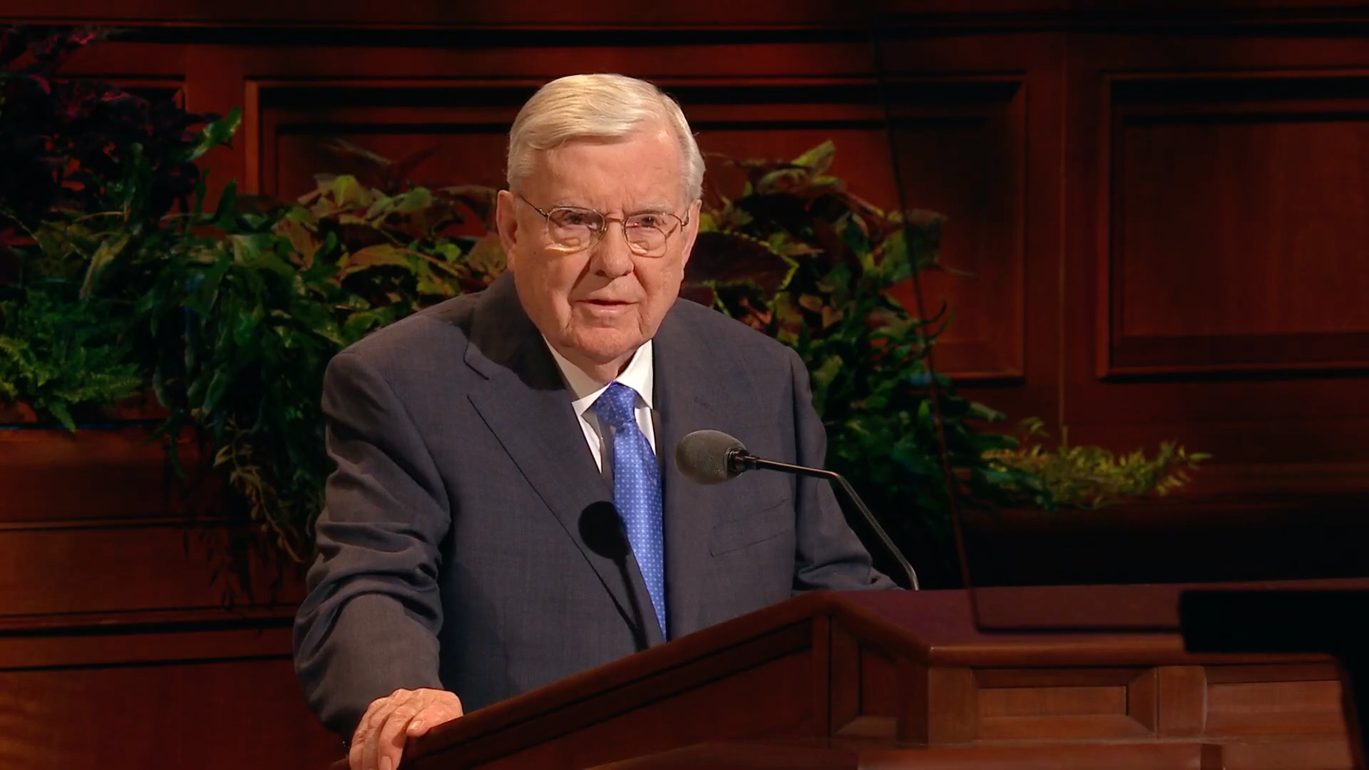 President M. Russell Ballard, acting president of the Quorum of the Twelve Apostles, speaks during the Sunday afternoon session in the 189th Semiannual General Conference of the Church on Sunday, Oct. 6, 2019.