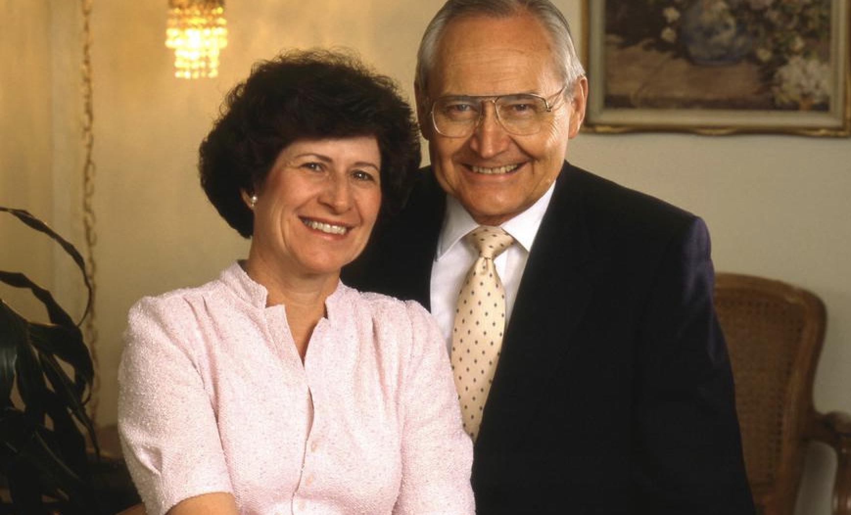 Elder L. Tom and Sister Barbara Perry.