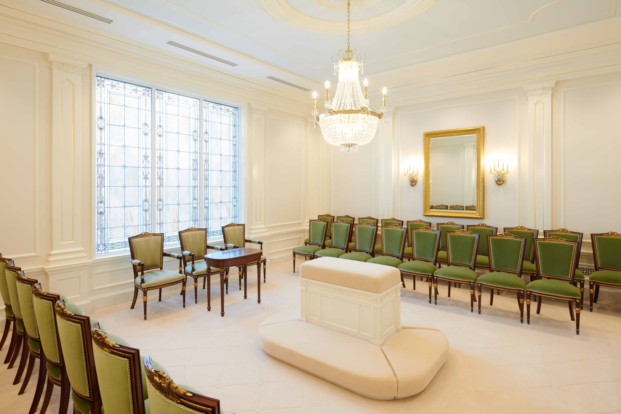 A sealing room in the Baton Rouge Louisiana Temple.