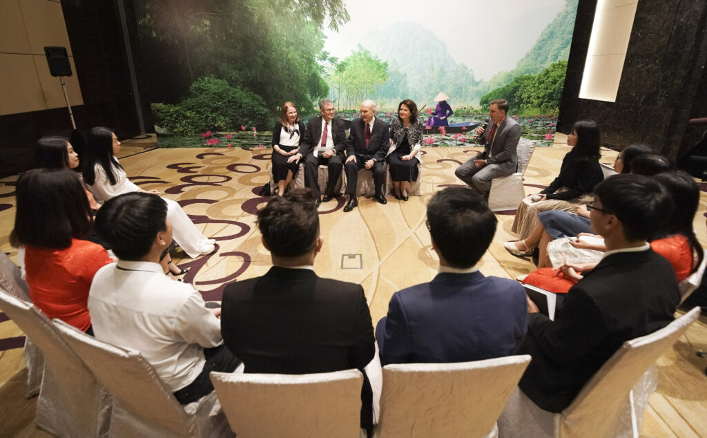 President Russell M. Nelson of The Church of Jesus Christ of Latter-day Saints, and his wife, Sister Wendy Nelson, and Elder David F. Evans and his wife, Sister Mary Evans, speak with youth in Hanoi, Vietnam, on Sunday, Nov. 17, 2019.