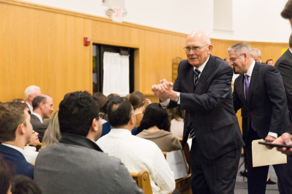 President Dallin H. Oaks, first counselor in the First Presidency, addresses Spanish-speaking Latter-day Saints from eight stakes in Chicago before a devotional in the Wilmette Illinois Stake center on Nov. 23.