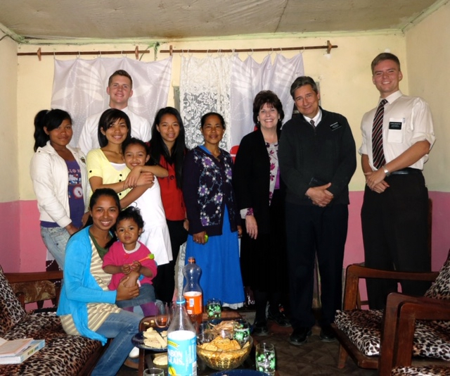 Sister Michele Rossiter and Elder Steven Rossiter served a senior mission in Madagascar from 2014 to 2016. They served the people who lived there and the missionaries.