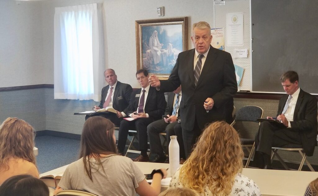 Elder Brent H. Nielson, executive director of the Missionary Department, speaks to the Tennessee Nashville Mission leadership council during a Sept. 19, 2019, mission tour session in Brentwood, Tennessee.