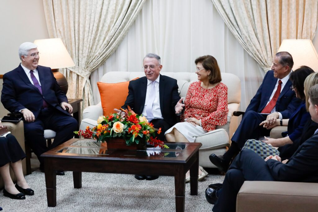 Elder Ulisses Soares of the Quorum of the Twelve Apostles and his wife, Rosana, as well as other Church leaders participate in a special Family Home Evening broadcast to the homes of members in the Central America Area on Sunday evening, Feb. 9, 2020.