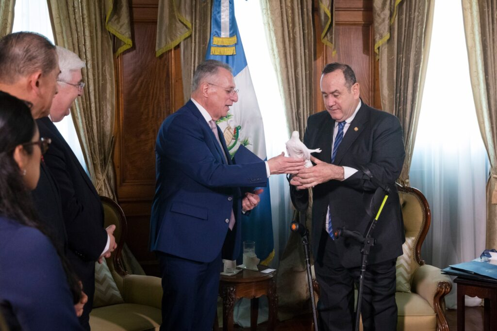 Elder Ulisses Soares of the Quorum of the Twelve Apostles traveled to the Guatemala National Palace in Guatemala City for a historic meeting with Guatemalan President Alejandro Giammattei on Tuesday, Feb. 11, 2020.