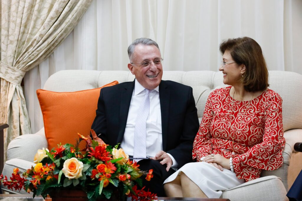 Elder Ulisses Soares of the Quorum of the Twelve Apostles and his wife, Rosana, participate in a special Family Home Evening broadcast to the homes of members in the Central America Area on Sunday evening, Feb. 9, 2020.