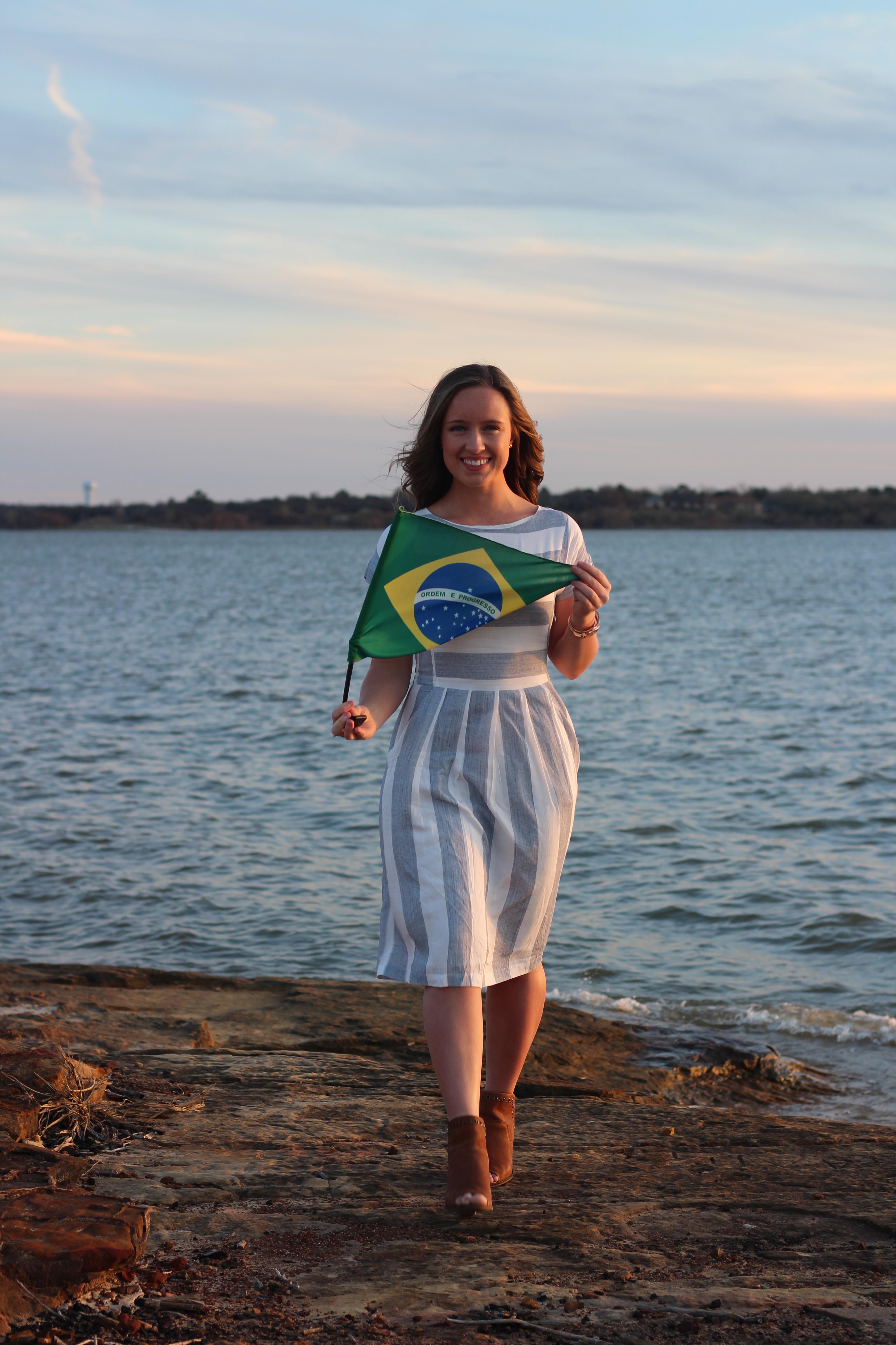 Monique McDown antes de servir uma missão em Curitiba, Brasil.