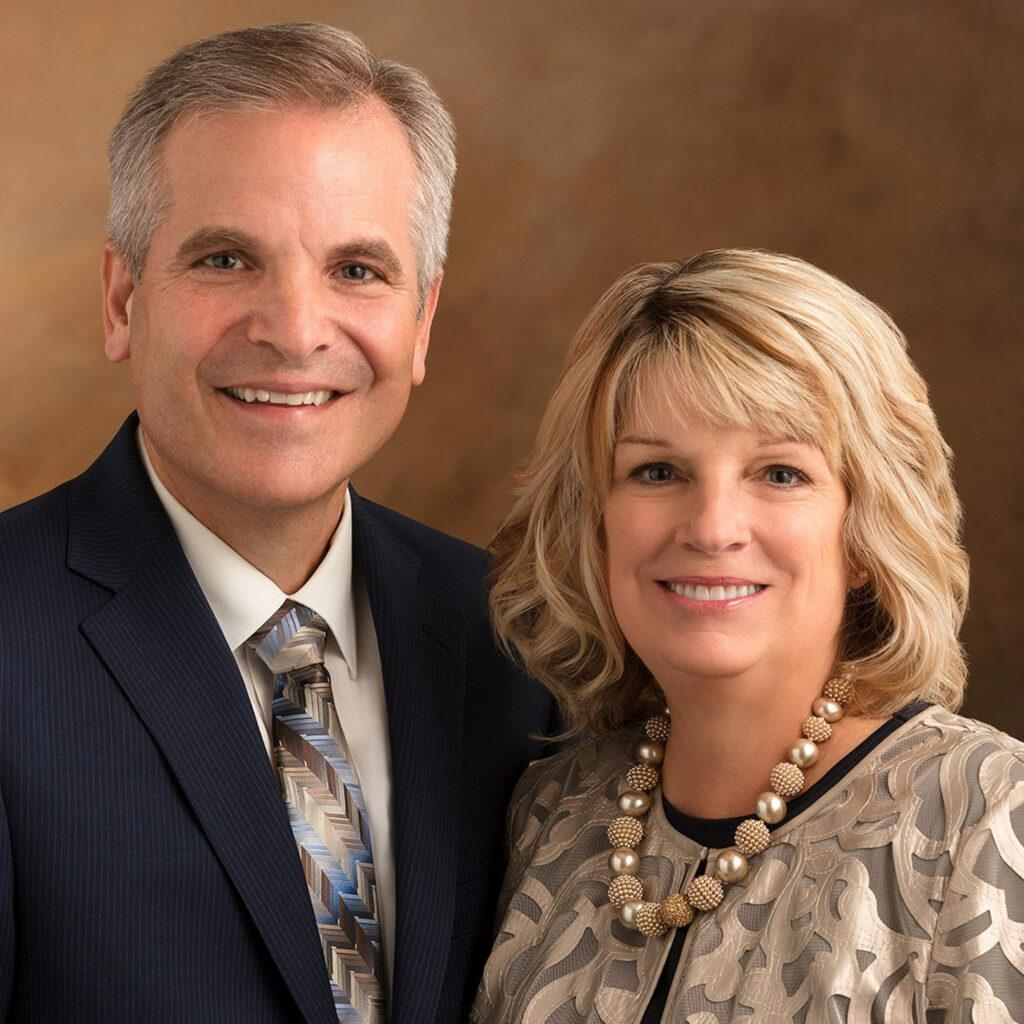 Dale S. e Kathleen A. Cook