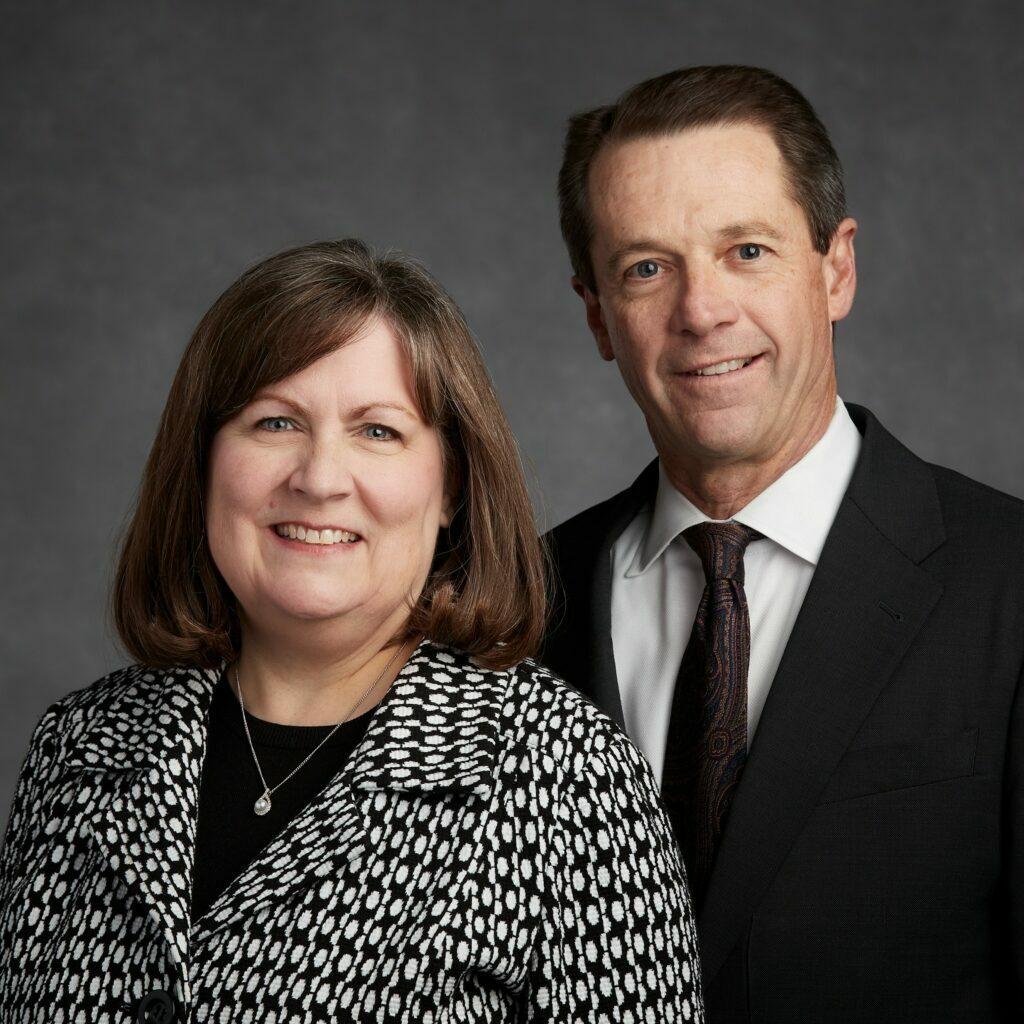 Rebecca Bennett e Lynn J Ames