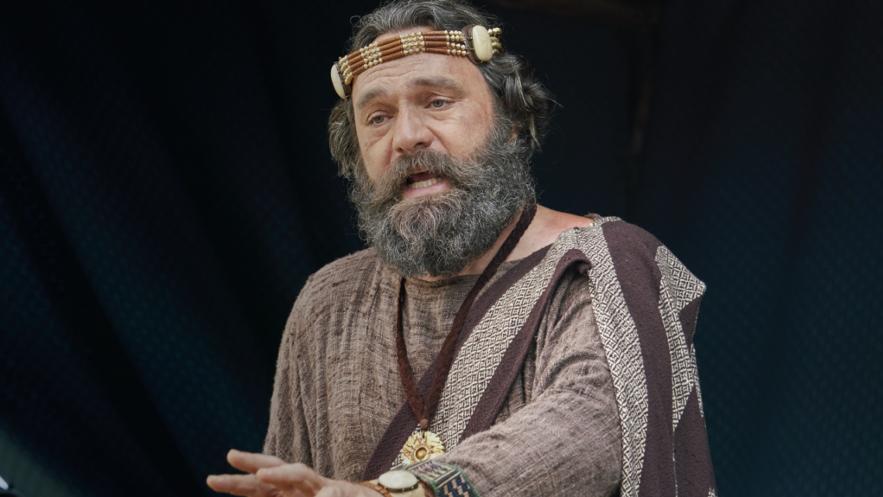 O rei Benjamim fala ao seu povo (ver Mosias 1-5).