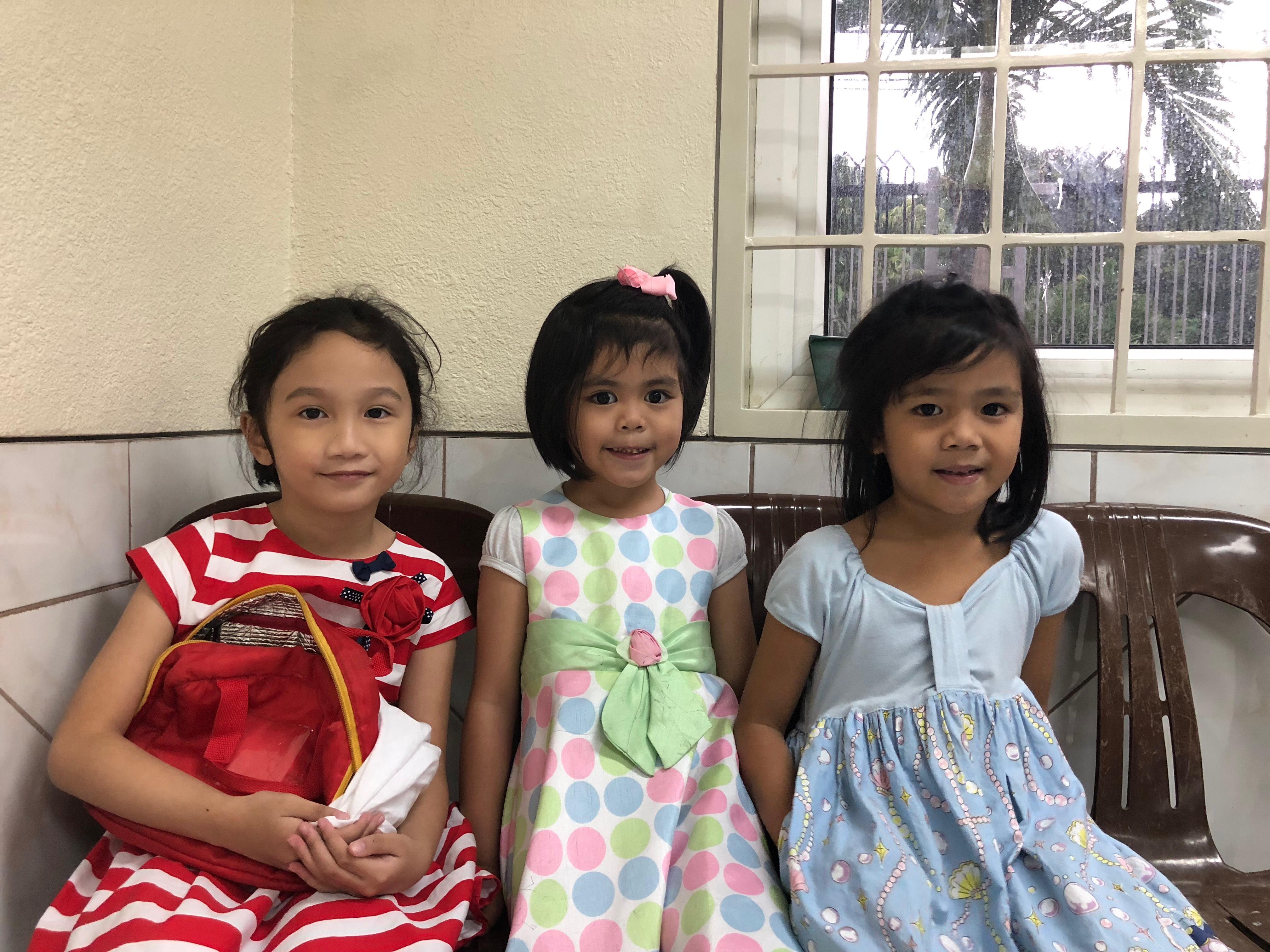 Niños asisten a la Primaria en las Filipinas durante el año del aniversario número 140 de la organización en agosto de 2018.