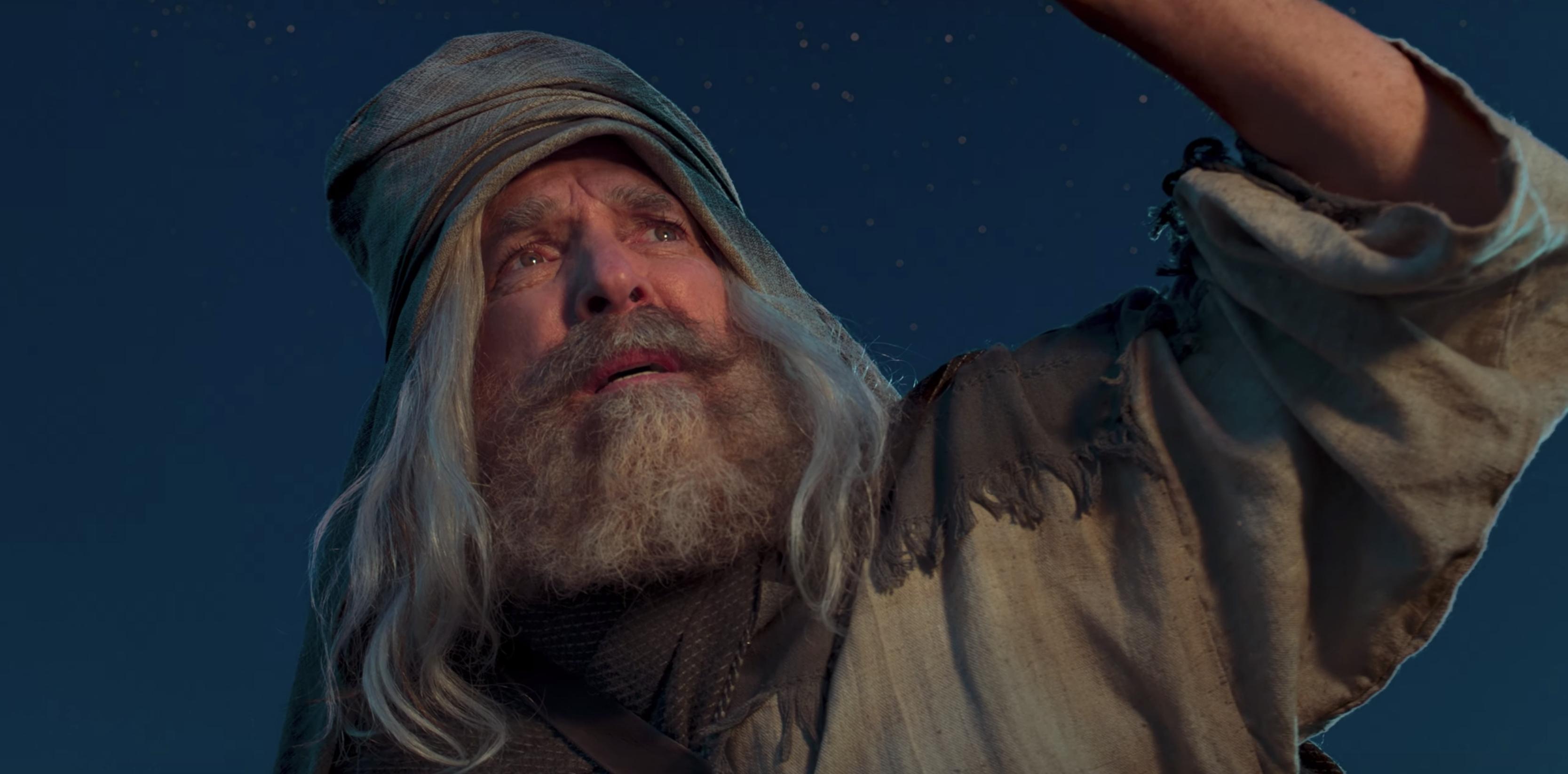 Un actor hace el papel del profeta Lehi en la serie de videos del Libro de Mormón.
