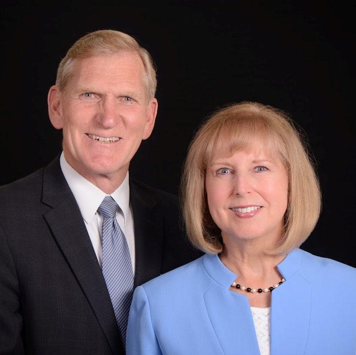 Roger G. y Christine C. Christensen