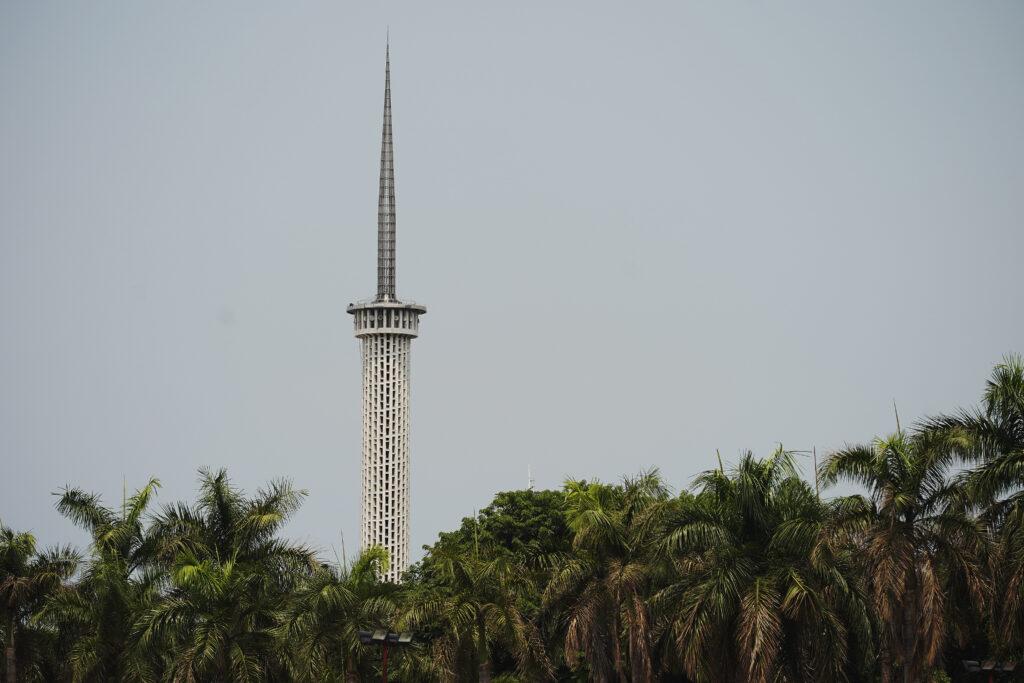 La Torre de Yakarta en Yakarta, Indonesia, el 21 de noviembre de 2019.