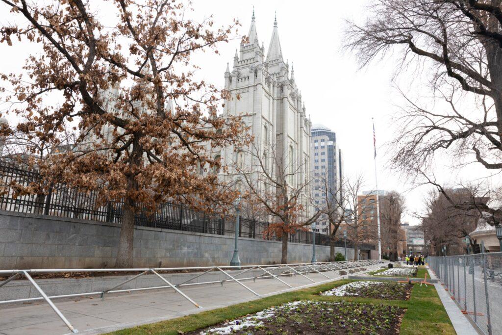 Fotografía del Templo de Salt Lake tomada luego de su cierre.