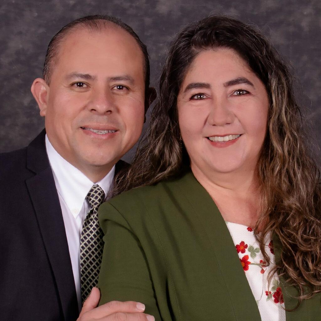 Joel y Lupita Martínez