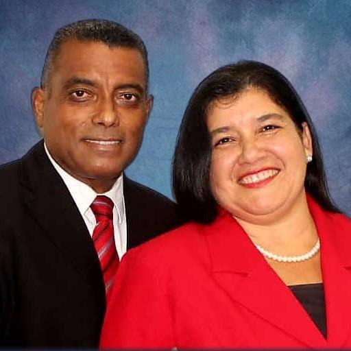 Domingo J. y Magdelis Pérez