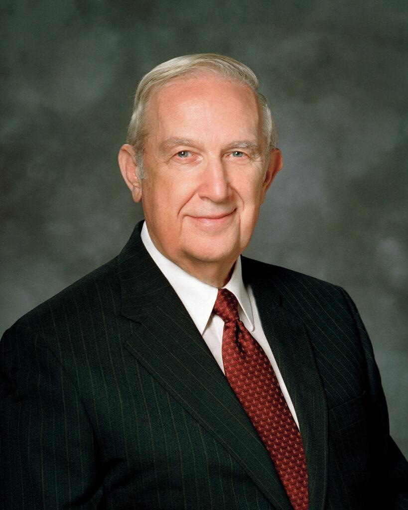 Élder Richard G. Scott