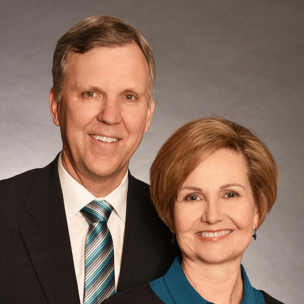 Brent L. y Marian Priday