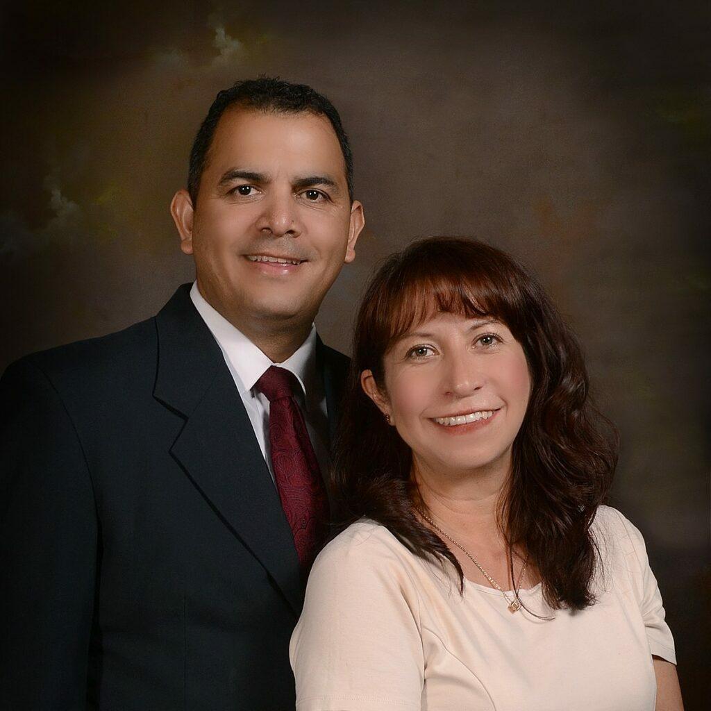 Rodolfo y Sandra Sifuentes