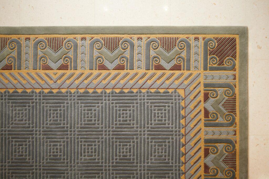 Los detalles del Templo de Río de Janeiro, Brasil presentan una decoración local.