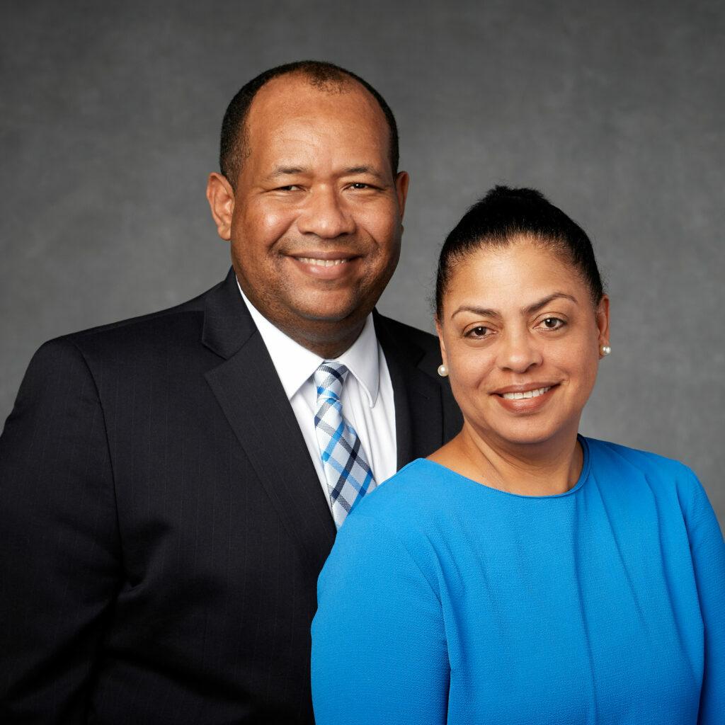 Julio C. y Ramona Acosta